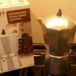 Гейзерная кофеварка или кофеварка мока.