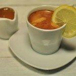 Холодный кофе с лимоном.